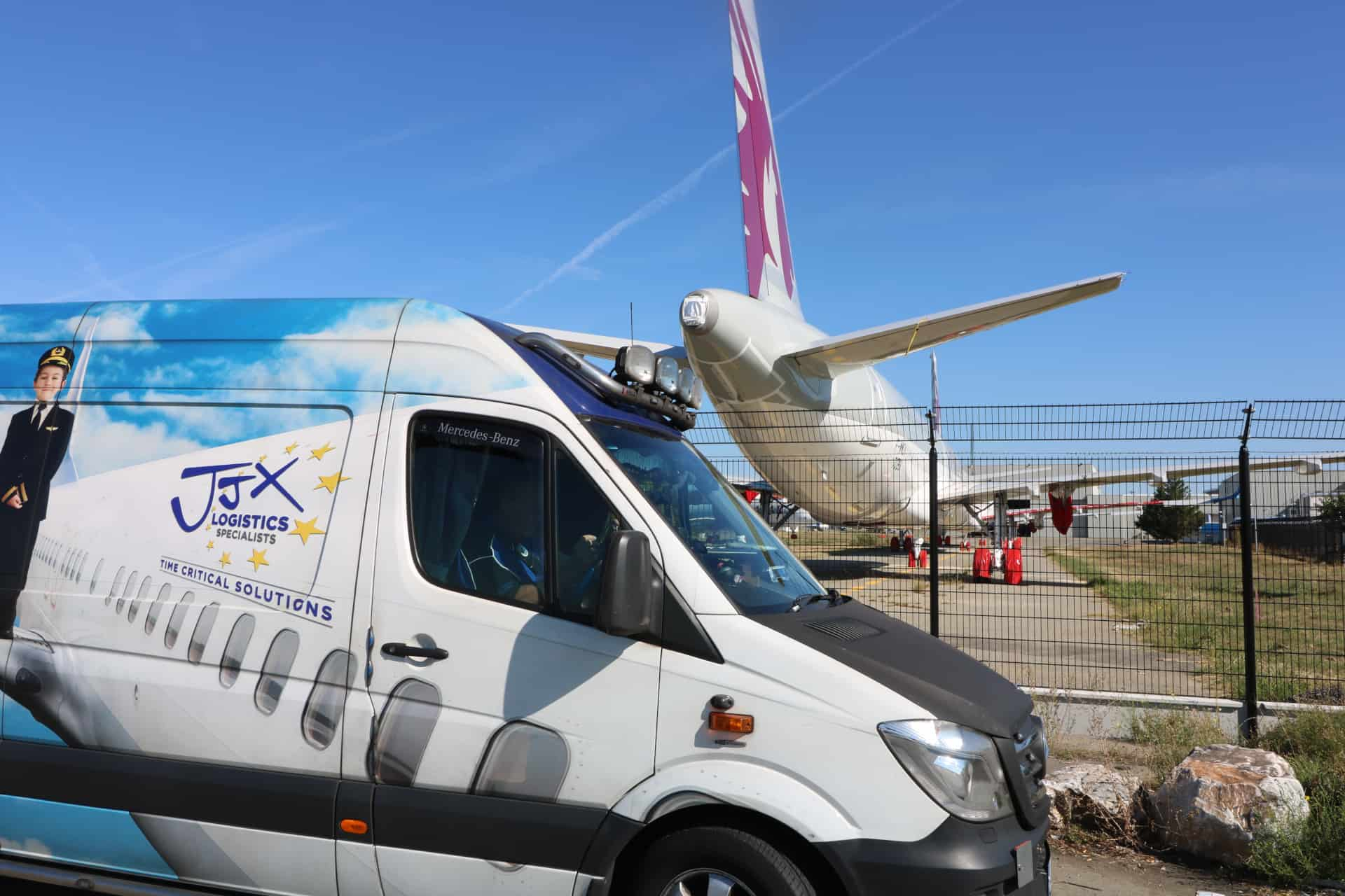 JJX van and plane